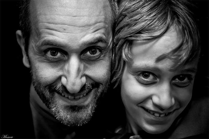 Simbiosi protettiva dei genitori e degli educatori